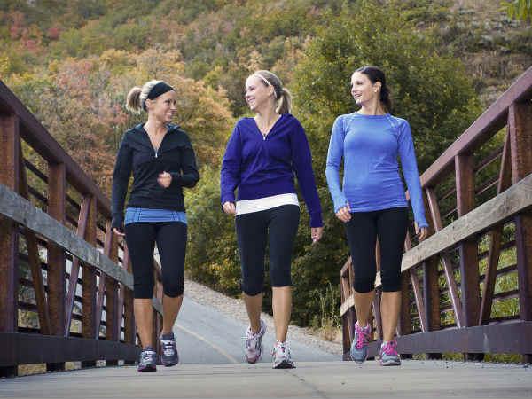 Đi bộ thể dục30 phút giảm mỡ bụng