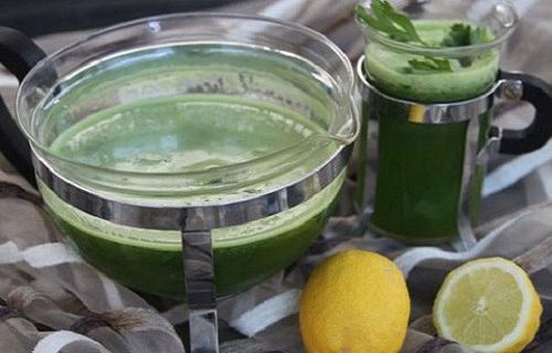 Uống nước ngò gai và chanh giảm cân
