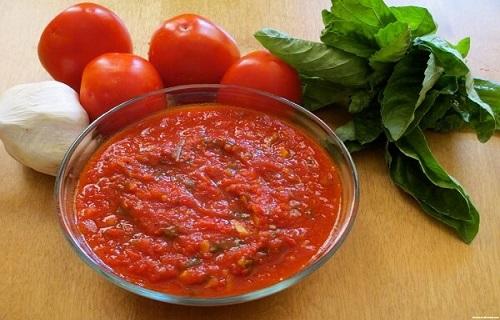 Uống nước ngò gai cùng với súp cà chua giảm cân