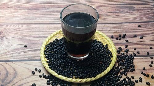 Đậu đen là thực phẩm tốt cho da và hỗ trợ hiểu quả trong quá trình giảm cân