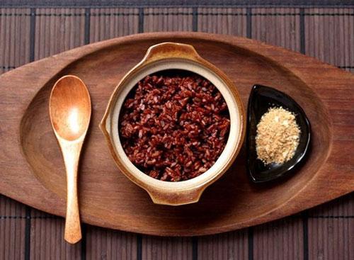 ăn cơm gạo lứt giảm cân