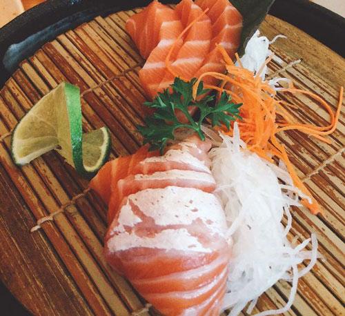 ăn sashimi cá hồi có mập không