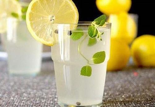 nước chanh giảm cân
