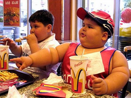 nguyên nhân béo phì ở trẻ em