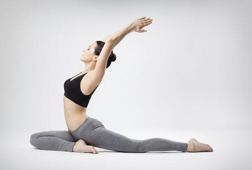 yoga giảm đùi và bụng