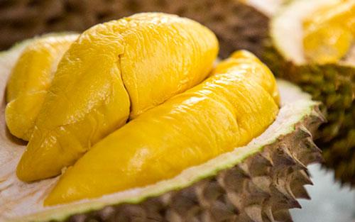 bà đẻ ăn sầu riêng được không